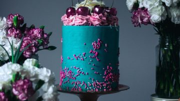 5-Cakes-Almost-Too-Pretty-To-Eat