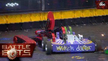 Witch-Doctor-vs.-Red-Devil—BattleBots