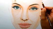 طراحی-چهره-با-مداد-رنگی